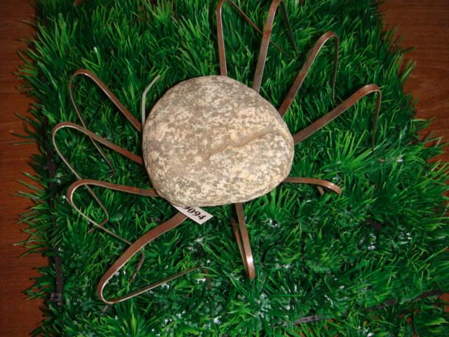 spinne gartendeko deko garten figuren natur stein eisen metall tier 094 ebay. Black Bedroom Furniture Sets. Home Design Ideas